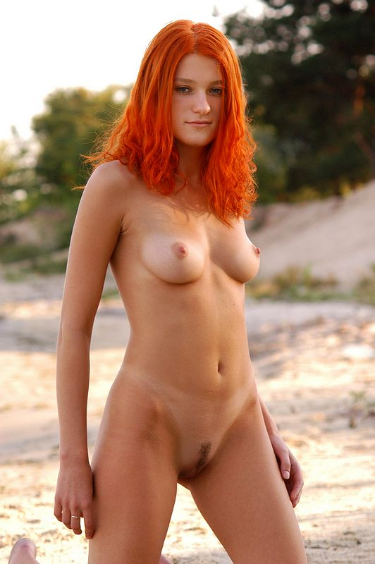 Natural artistic redhead nudes